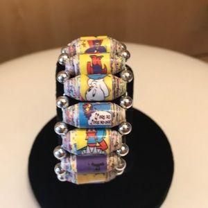 Jewelry - Rolled paper bracelet